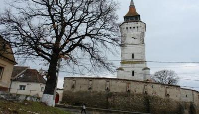 Biserica fortificata din Rotbav
