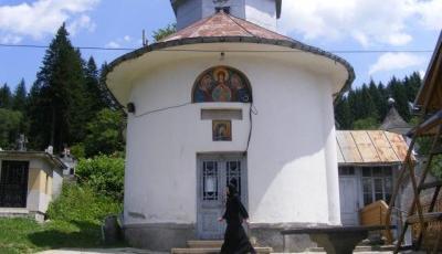 Manastirea Sfantul Nicolae din Predeal Brasov