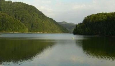 Zona de agrement Lac Baraj - Firiza