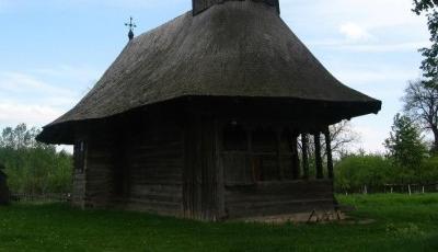 Biserica de lemn Adormirea Maicii Domnului din Manastioara