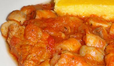 Papricas de porc cu ciuperci