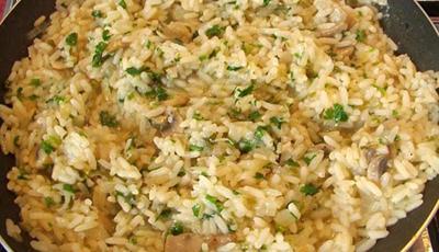 Pilaf de orez cu bureti