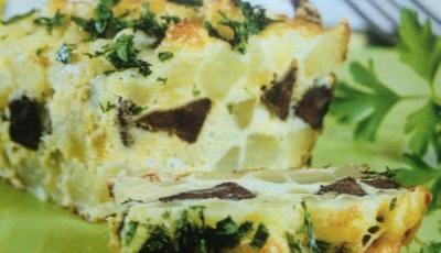 Ficat de vitel cu oua si cartofi