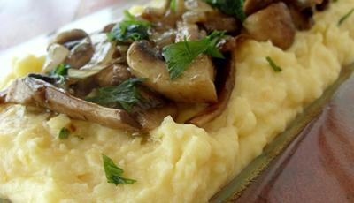 Rulada de cartofi cu lapte si ciuperci